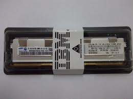 IBM 4GB (1x 4 GB, 1Rx4, 1.35 V) PC3L-10600 CL9 ECC DDR3 1333 MHz LP RDIMM